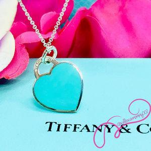 NWOT T&Co. Return to Tiffany Med Blue Heart Charm